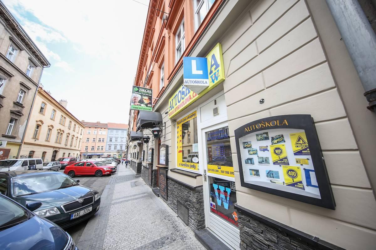 Pobočka Smíchov | Autoškola Wyrwolová | Praha